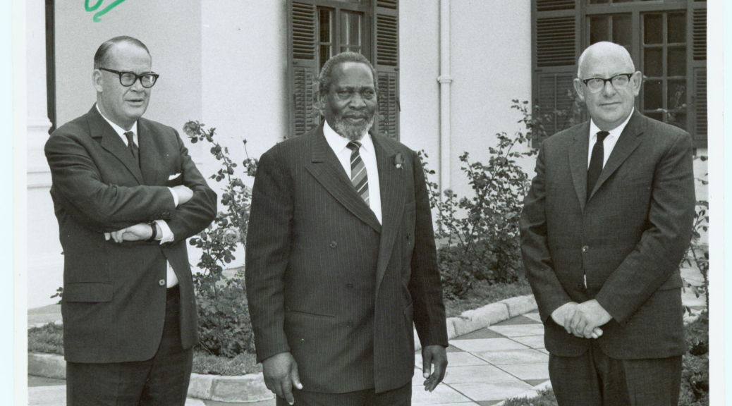 Fig. 6 L to R Jim Linfield, President Kenyatta and Bill Luckin at State House, 11 November 1965