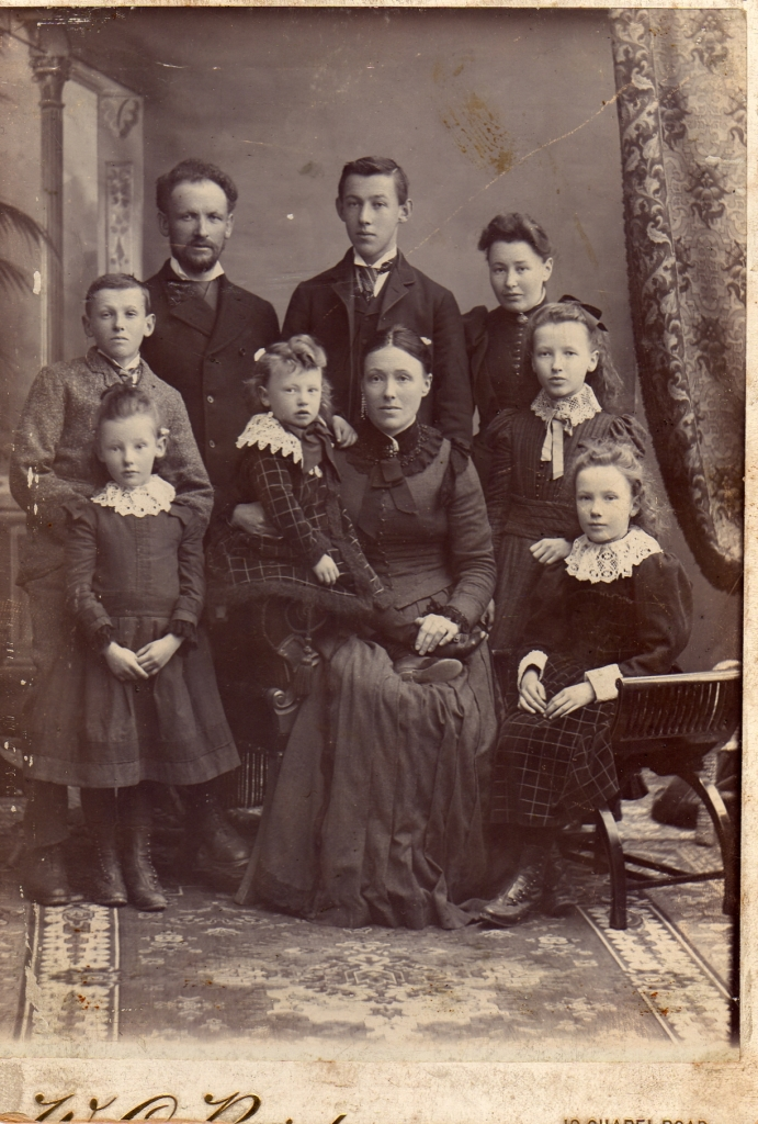 Figure 9 James Dutton and his family, c. 1894.