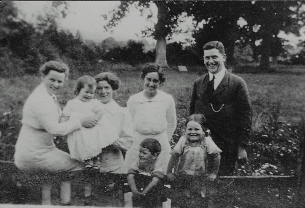 Fig. 5:  Arthur and Lena, probably at Thakeham, with their three older children, from left, Joan, Jim and Carol c.1915