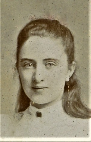 Fig. 9 Close-up of  Charlotte Linfield
